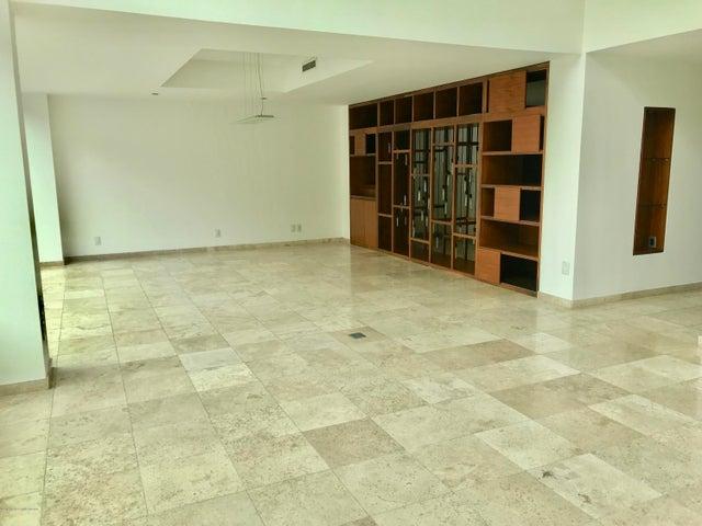 Departamento Distrito Federal>Cuajimalpa de Morelos>Bosques de las Lomas - Renta:65.000 Pesos - codigo: 19-1380