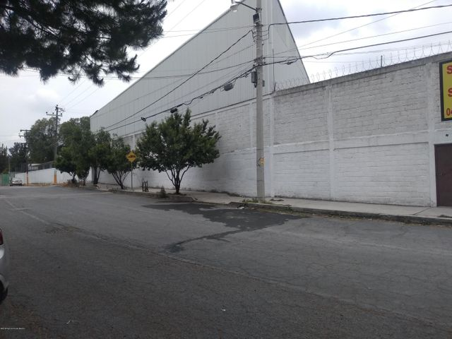 Nave Industrial Estado de Mexico>Cuautitlan Izcalli>Bellavista - Renta:296.000 Pesos - codigo: 19-1404