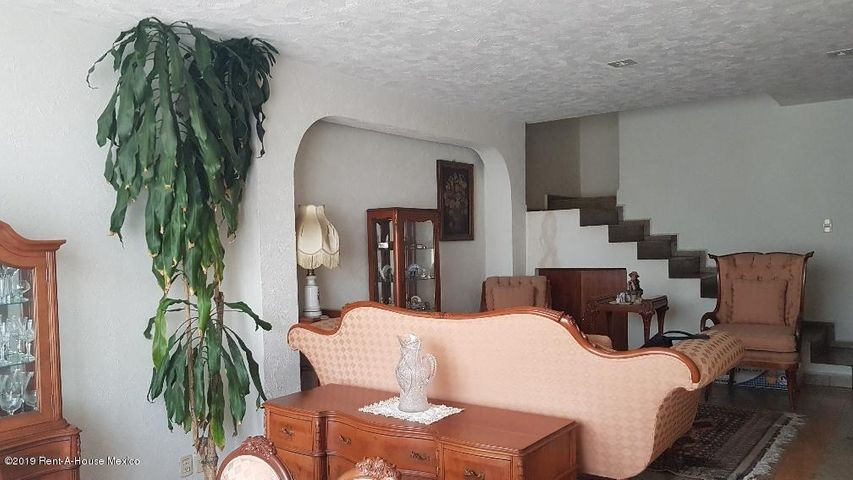 Casa Estado de Mexico>Huixquilucan>Jesus del Monte - Venta:5.400.000 Pesos - codigo: 19-1409