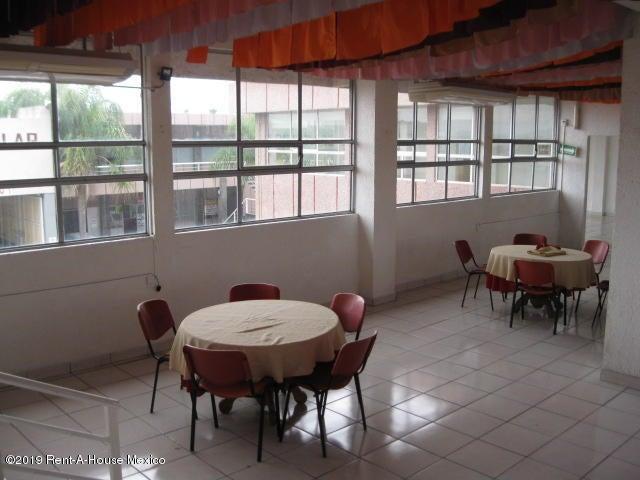 Edificio Completo Queretaro>Queretaro>Ciudad Del Sol - Venta:27.000.000 Pesos - codigo: 19-1406