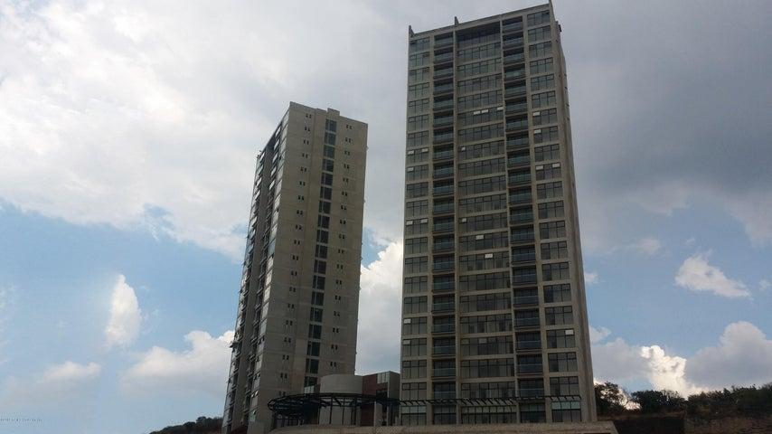 Departamento Queretaro>El Marques>Monte Miranda - Venta:2.978.000 Pesos - codigo: 19-707