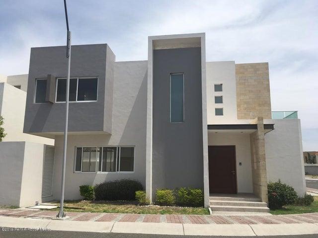 Casa Queretaro>Queretaro>Cumbres del Lago - Venta:4.300.000 Pesos - codigo: 19-1465