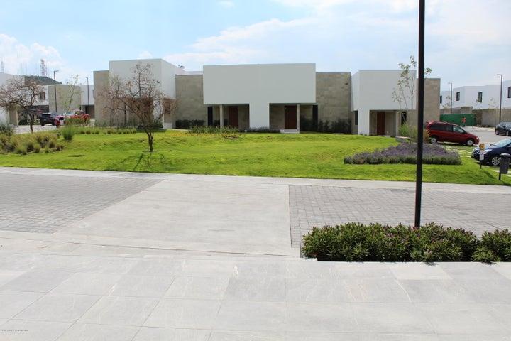 Casa Queretaro>El Marques>Zibata - Venta:2.906.259 Pesos - codigo: 19-1471