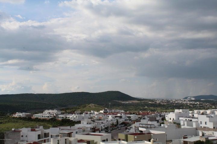 Casa Queretaro>Queretaro>Cumbres del Lago - Venta:4.300.000 Pesos - codigo: 19-1695