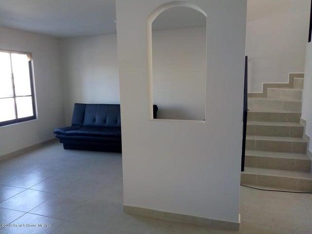 Casa Queretaro>El Marques>Zakia - Venta:1.700.000 Pesos - codigo: 19-1703