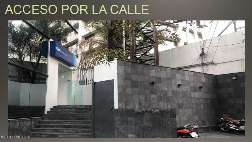 Local Comercial Distrito Federal>Tlalpan>Parque del Pedregal - Renta:250.000 Pesos - codigo: 19-1709