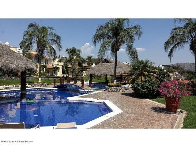 Casa Morelos>Temixco>Burgos Bugambilias - Venta:3.000.000 Pesos - codigo: 19-1710