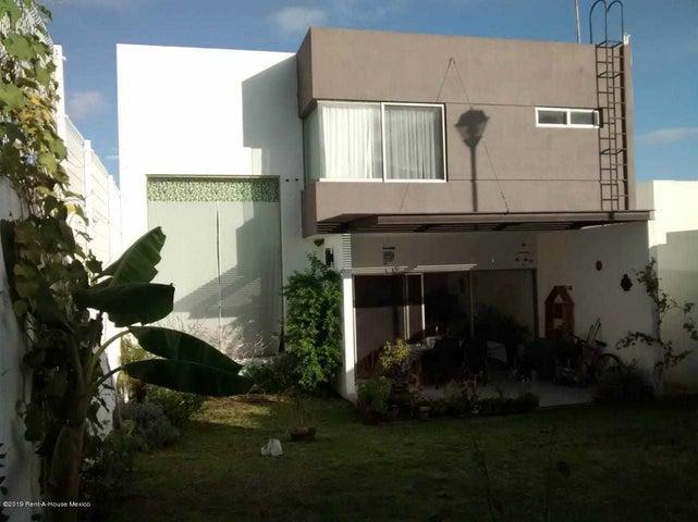 Casa Queretaro>Queretaro>Real de Juriquilla - Renta:18.000 Pesos - codigo: 19-1711
