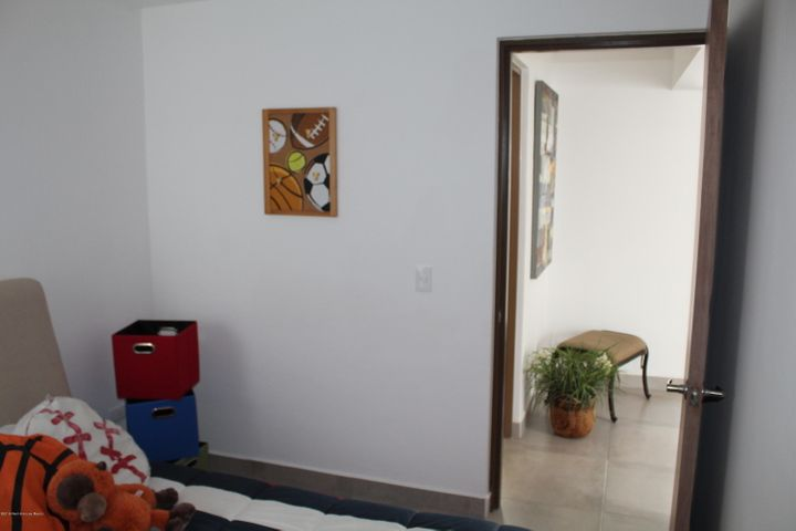 Departamento Queretaro>Queretaro>Santa Maria Magdalena - Venta:925.000 Pesos - codigo: 19-1713