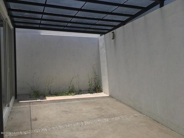 Casa Queretaro>Corregidora>Canadas del Arroyo - Venta:2.580.000 Pesos - codigo: 19-1750