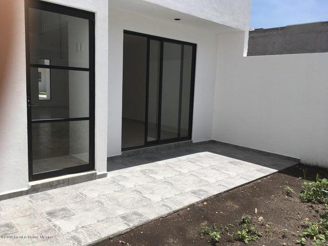 Casa Queretaro>Corregidora>Canadas del Arroyo - Venta:2.550.000 Pesos - codigo: 19-1759