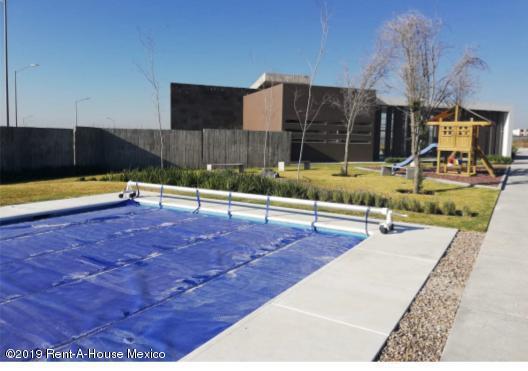 Casa Queretaro>Queretaro>Altos de Juriquilla - Venta:3.498.000 Pesos - codigo: 19-1790