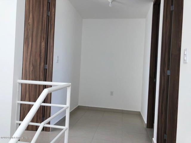 Casa Queretaro>Queretaro>Sonterra - Venta:1.291.000 Pesos - codigo: 19-1818