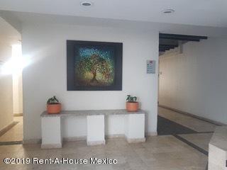 Departamento Estado de Mexico>Huixquilucan>Hacienda de las Palmas - Renta:23.000 Pesos - codigo: 19-1887
