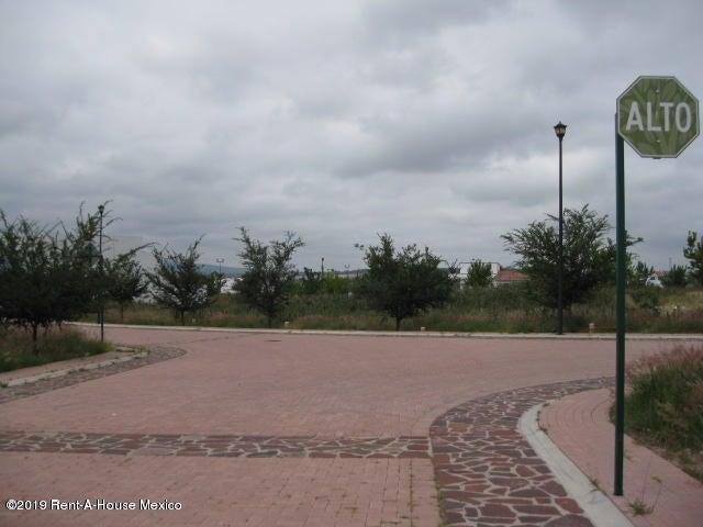 Terreno Queretaro>El Marques>Rincones del Marques - Venta:1.039.665 Pesos - codigo: 19-2082