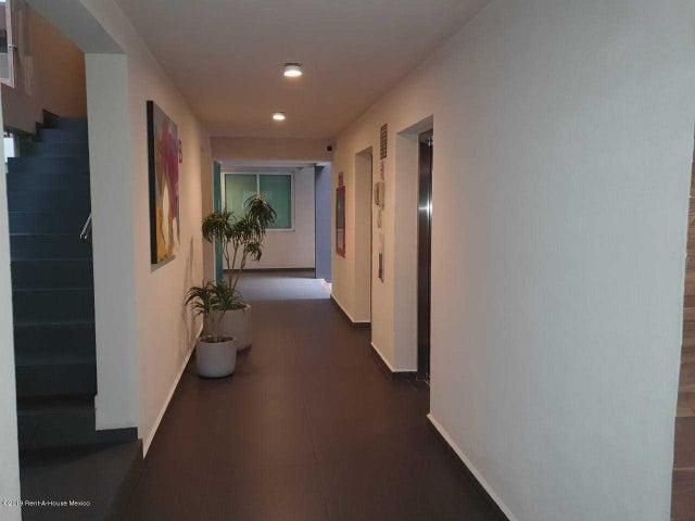 Departamento Estado de Mexico>Huixquilucan>Hacienda de las Palmas - Renta:22.400 Pesos - codigo: 19-2274