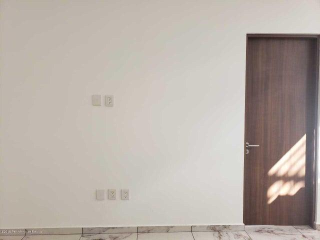 Casa Queretaro>Queretaro>La Vista - Venta:4.200.000 Pesos - codigo: 19-2290