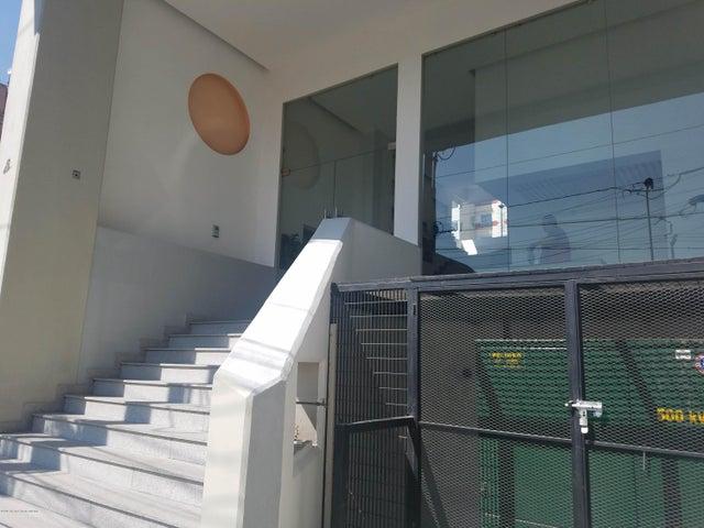 Departamento Distrito Federal>Alvaro Obregón>Carola - Venta:2.300.000 Pesos - codigo: 19-2353