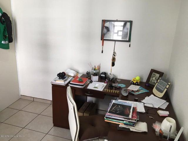 Departamento Queretaro>El Marques>La Pradera - Venta:600.000 Pesos - codigo: 19-2384