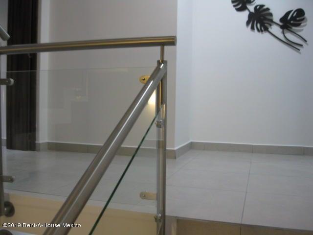 Casa Queretaro>Queretaro>Altos de Juriquilla - Venta:3.900.000 Pesos - codigo: 19-2402