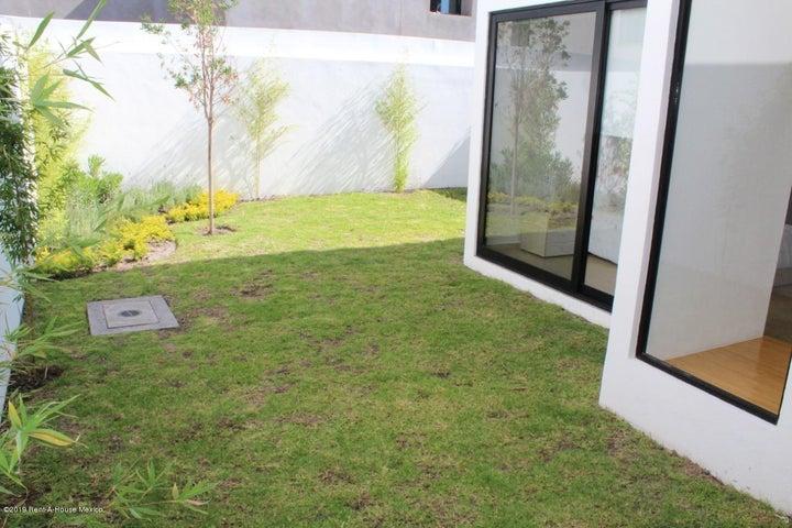 Casa Queretaro>Queretaro>Altos de Juriquilla - Venta:2.779.788 Pesos - codigo: 20-27