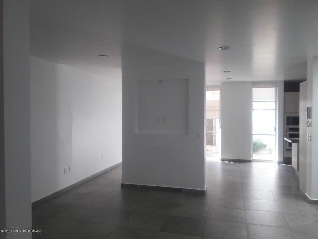 Casa Queretaro>Queretaro>Juriquilla - Renta:22.000 Pesos - codigo: 20-32
