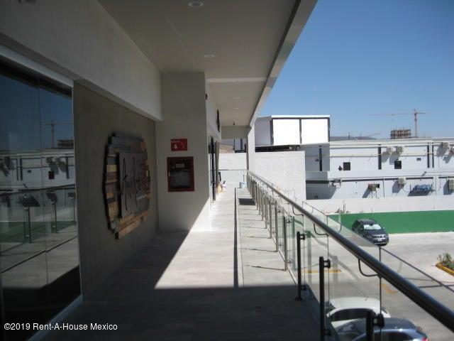 Queretaro>Queretaro>Santa Fe de Juriquilla - Renta:43.153 Pesos - codigo: 20-219