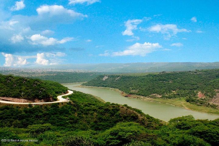 Departamento Queretaro>Corregidora>Canadas del Lago - Venta:3.060.075 Pesos - codigo: 20-261