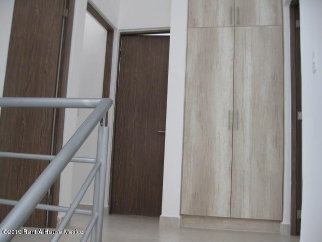 Casa Queretaro>Queretaro>El Refugio - Venta:2.302.300 Pesos - codigo: 20-381