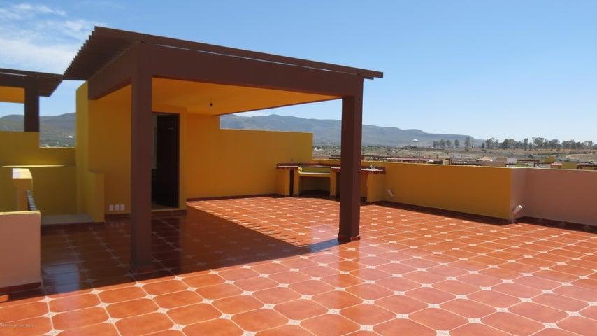 Departamento Guanajuato>San Miguel Allende>Zirandaro - Venta:2.500.000 Pesos - codigo: 20-413