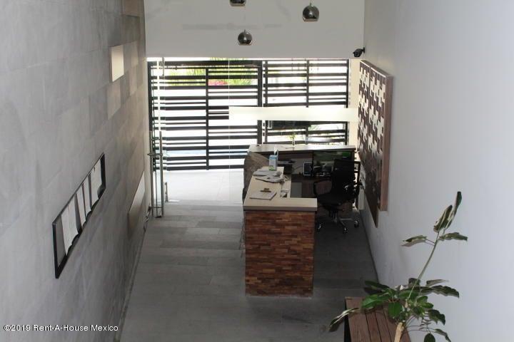 Departamento Queretaro>El Marques>Zibata - Venta:2.900.000 Pesos - codigo: 20-704