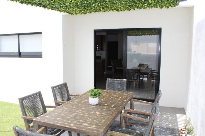 Casa Queretaro>El Marques>Zibata - Venta:4.225.000 Pesos - codigo: 20-784