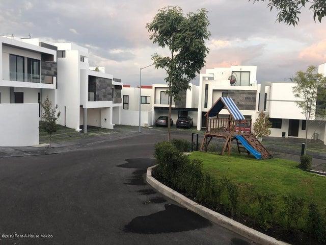 Casa Queretaro>El Marques>Zibata - Venta:3.286.000 Pesos - codigo: 20-842