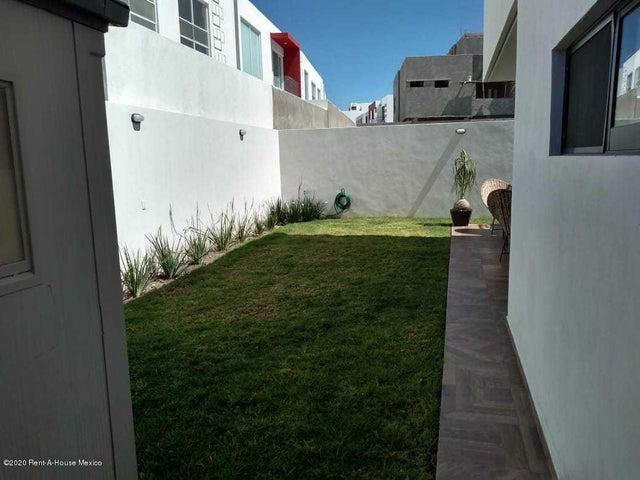 Casa Queretaro>Queretaro>Cimatario - Venta:3.950.000 Pesos - codigo: 20-882