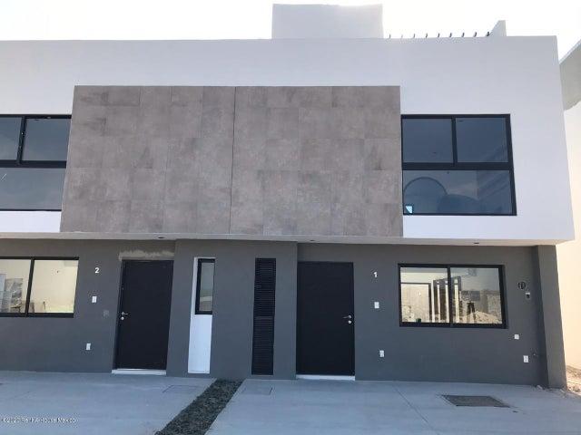 Casa Queretaro>El Marques>Zakia - Venta:1.925.369 Pesos - codigo: 20-12