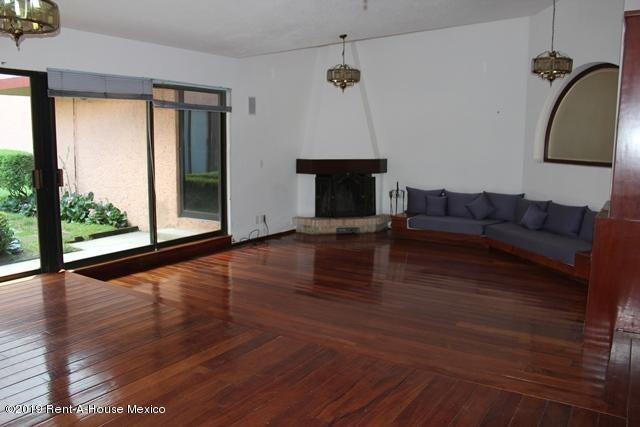 Casa Estado de Mexico>Huixquilucan>Bosques de la Herradura - Venta:8.900.000 Pesos - codigo: 20-1033