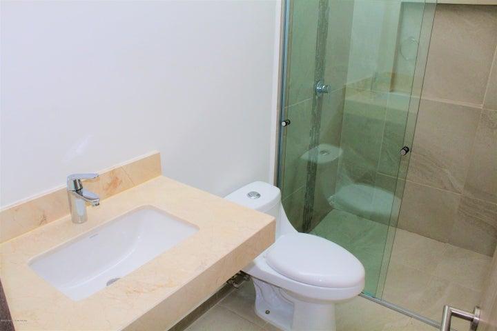 Casa Queretaro>Queretaro>Altos de Juriquilla - Venta:2.440.000 Pesos - codigo: 20-659