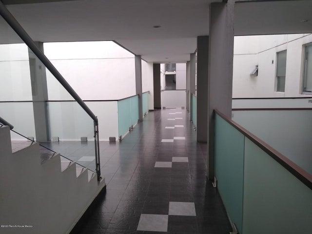 Departamento Distrito Federal>Miguel Hidalgo>Granada - Venta:5.900.000 Pesos - codigo: 20-1114