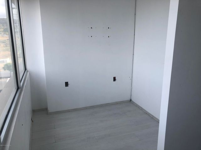 Oficina Queretaro>Queretaro>Juriquilla - Renta:15.769 Pesos - codigo: 20-1695