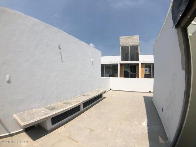 Casa Distrito Federal>Cuajimalpa de Morelos>Cuajimalpa - Renta:20.000 Pesos - codigo: 20-1777