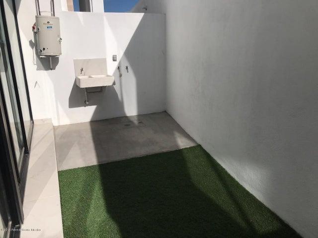 Casa Queretaro>Queretaro>El Refugio - Venta:2.540.000 Pesos - codigo: 20-2054