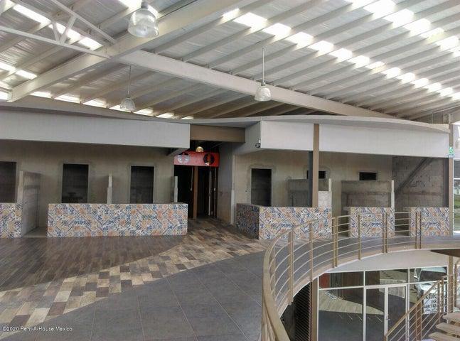 Bodega Queretaro>Corregidora>El Pueblito - Renta:23.185 Pesos - codigo: 20-2076