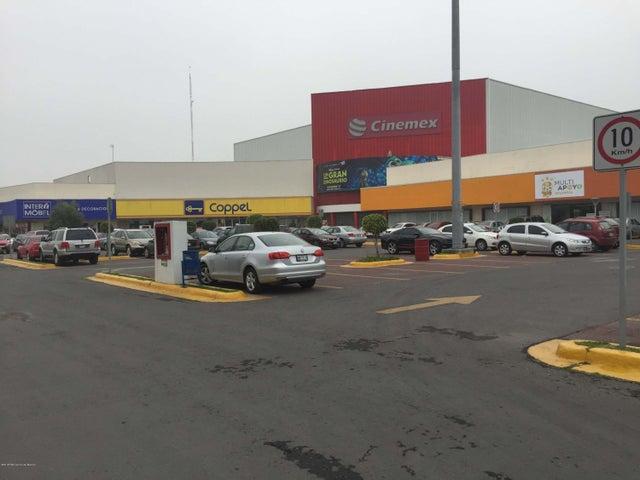 Bodega Estado de Mexico>Cuautitlan Izcalli>Bellavista - Renta:300 Pesos - codigo: 20-2199