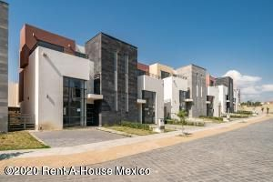Casa Estado de Mexico>Calimaya>Villas Del Campo - Venta:3.277.302 Pesos - codigo: 20-2361