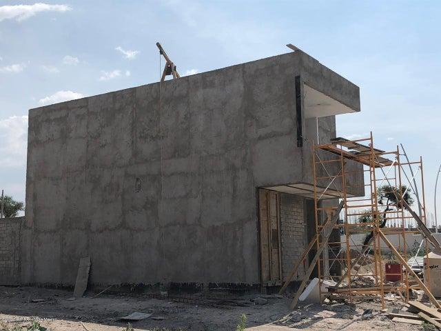 Casa Queretaro>El Marques>Zakia - Venta:2.150.000 Pesos - codigo: 20-2432