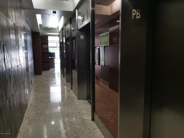 Oficina Distrito Federal>Cuauhtémoc>Roma Norte - Renta:61.600 Pesos - codigo: 20-2446