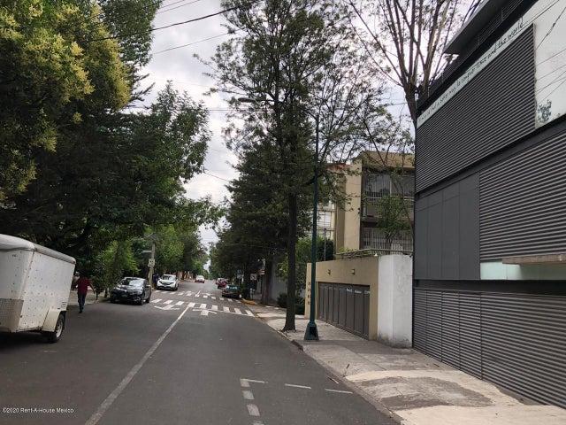 Departamento Distrito Federal>Miguel Hidalgo>Lomas de Chapultepec - Renta:30.000 Pesos - codigo: 20-2597