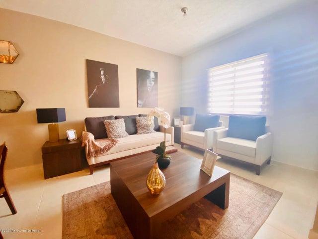 Casa Hidalgo>Pachuca de Soto>Zona Plateada - Venta:1.936.400 Pesos - codigo: 20-2495