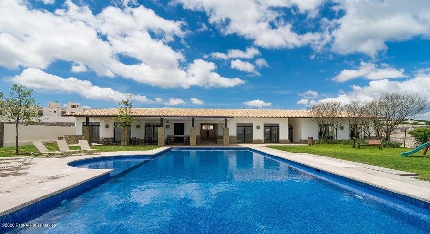 Casa Queretaro>El Marques>Zibata - Venta:2.311.828 Pesos - codigo: 20-2848