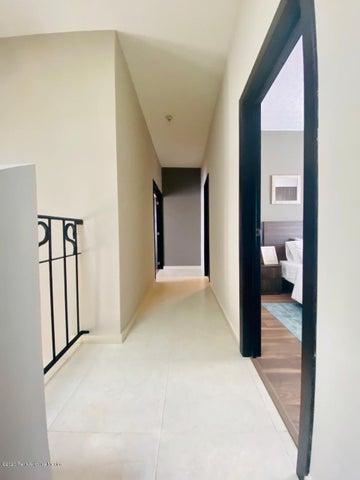Casa Hidalgo>Pachuca de Soto>Zona Plateada - Venta:3.400.000 Pesos - codigo: 20-2859